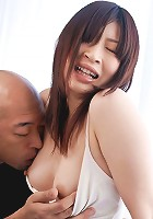 Riko Oshima milks a thick cock with her smooth hairless pussy
